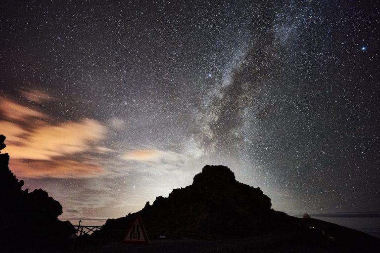 Stargazing on La Palma viewing a moonset