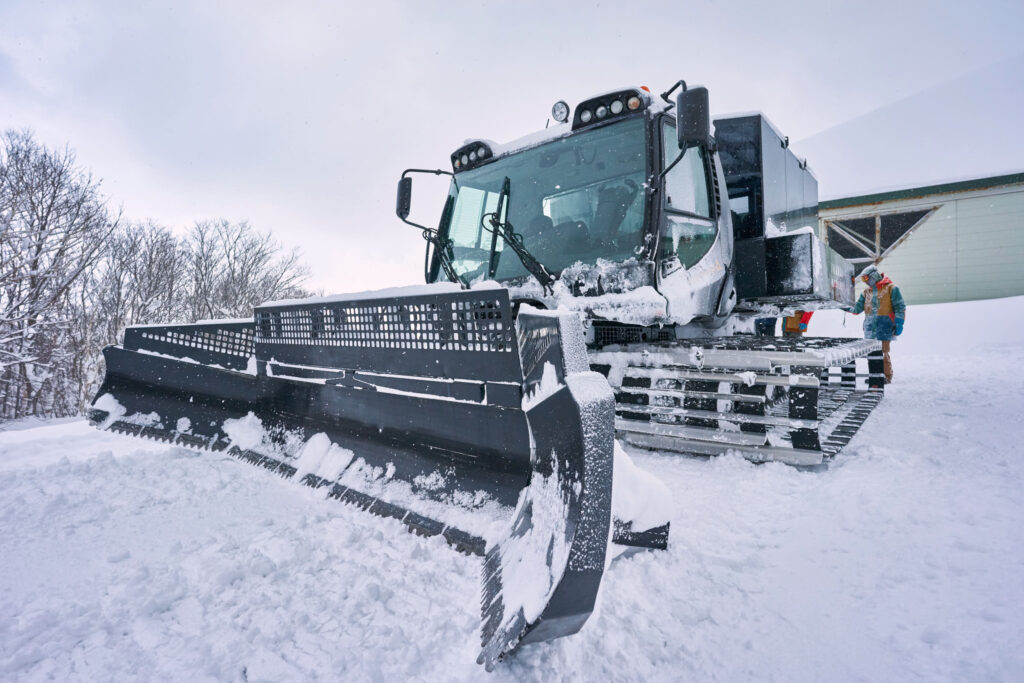 The snow cat at Iwani Japan on a powder day